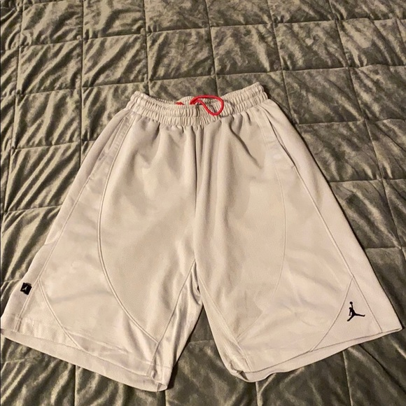Men's small Nike air Jordan basketball shorts